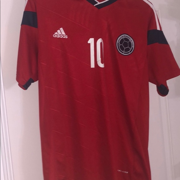 brand new cfba7 e805f James Rodriguez Colombia jersey